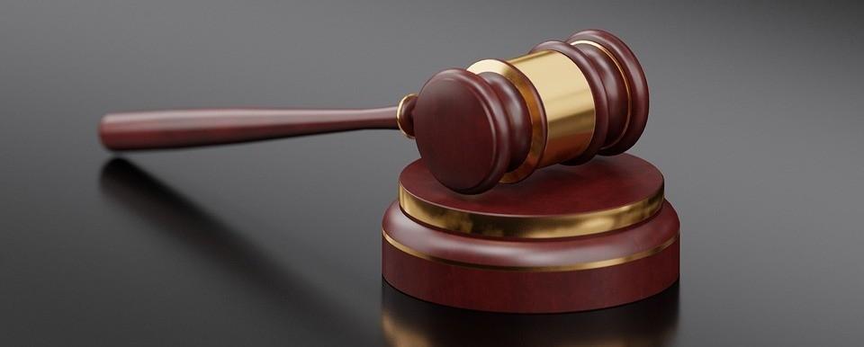 Прекращение уголовного преследования по ч. 2 ст. 213 УК РФ